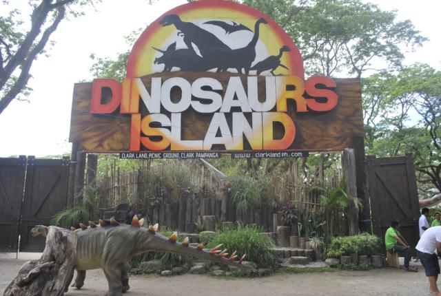 dinosaurs island